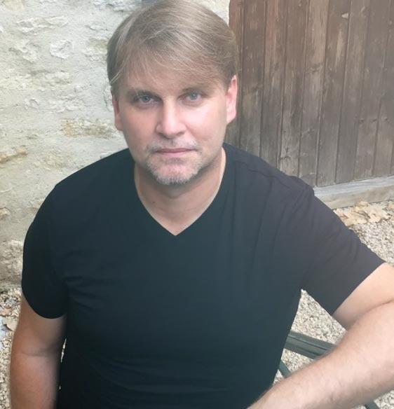 Geoffrey Rousselot-Pomè, formateur en SEO, en Web Design et en Marketing Digital